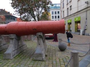 Mad Meg the cannon