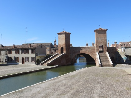 Entry to the old town, Commachio